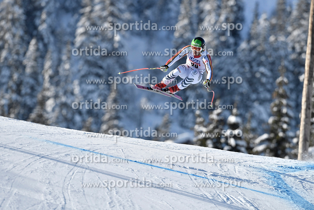 07.03.2020, Kvitfjell, NOR, FIS Weltcup Ski Alpin, Abfahrt, Herren, im Bild Andreas Sander (GER) // Andreas Sander of Germany in action during his run in the men's Downhill of FIS ski alpine world cup. Kvitfjell, Norway on 2020/03/07. EXPA Pictures © 2020, PhotoCredit: EXPA/ Jonas Ericsson