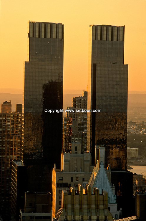 New York. elevated view on the twin towers of the time warner building.  midtown from the four Seasons hotel suite on 57 st  New York - United states /  les tours jumelles du time warner building sur Colombus circle  midtown depuis four season hôtel  New York - Etats-unis