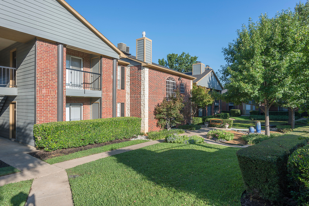 Photograph of the Westview Apartments for Vesta Management