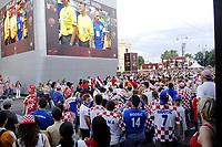 GEPA-2006087371 - WIEN,AUSTRIA,20.JUN.08 - FUSSBALL - UEFA Europameisterschaft, EURO 2008, Host City Fan Zone, Fanmeile, Fan Meile, Public Viewing. Bild zeigt Kroatien-Fans beim Rathausplatz.<br />Foto: GEPA pictures/ Reinhard Mueller