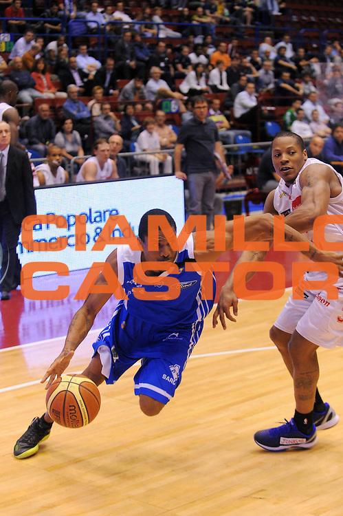 DESCRIZIONE : Milano Lega A 2010-11 Armani Jeans Milano Dinamo Sassari<br /> GIOCATORE : James White<br /> SQUADRA : Dinamo Sassari<br /> EVENTO : Campionato Lega A 2010-2011Play Off Quarti di Finale Gara1<br /> GARA : Armani Jeans Milano Dinamo Sassari<br /> DATA : 18/05/2011<br /> CATEGORIA : Palleggio Penetrazione<br /> SPORT : Pallacanestro<br /> AUTORE : Agenzia Ciamillo-Castoria/A.Dealberto<br /> Galleria : Lega Basket A 2010-2011<br /> Fotonotizia : Milano Lega A 2010-11 Armani Jeans Milano Vanoli Braga Cremona<br /> Predefinita :