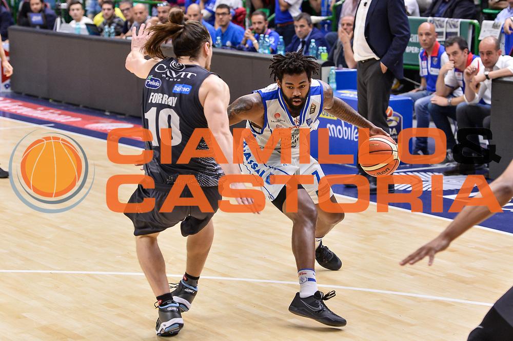 Travor Lacey<br /> Banco di Sardegna Dinamo Sassari - Dolomiti Energia Aquila Basket Trento<br /> Legabasket Serie A LBA Poste Mobile 2016/2017<br /> Playoff Quarti Gara3<br /> Sassari 16/05/2017<br /> Foto Ciamillo-Castoria