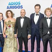 NLD/Amsterdam/20160905 - Premiere Adios Amigo, Albert Jan van Rees, Margot Ros, .........., Yannick van der Velden en Martijn Lakemeijer