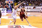 DESCRIZIONE : Venezia Lega A 2014-15 Umana Venezia Granarolo Bologna<br /> GIOCATORE : Spencer Nelson<br /> CATEGORIA : palleggio penetrazione<br /> SQUADRA : Umana Venezia<br /> EVENTO : Campionato Lega A 2014-2015<br /> GARA : Umana Venezia Granarolo Bologna<br /> DATA : 08/03/2015<br /> SPORT : Pallacanestro <br /> AUTORE : Agenzia Ciamillo-Castoria/M.Marchi<br /> Galleria : Lega Basket A 2014-2015 <br /> Fotonotizia : Venezia Lega A 2014-15 Umana Venezia Granarolo Bologna