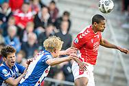 20-05-2017: Voetbal: FC Utrecht v SC Heerenveen: Utrecht<br /> <br /> (L-R) FC Utrecht speler Sebastien Haller torent boven de verdediging van Heerenveen uit tijdens het Eredivisie duel tussen FC Utrecht en Heerenveen op 20 mei 2017 in stadion Galgenwaard tijdens 1/2 finale play-offs <br /> <br /> 1/2 finale Play-offs, Eredivisie - Seizoen 2016 / 2017<br /> <br /> Foto: Gertjan Kooij
