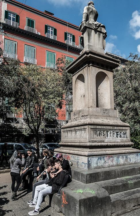 Naples, Piazza Bellini