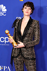 January 5, 2020, Beverly Hills, Kalifornien, USA: Phoebe Waller-Bridge mit dem Preis für die Beste Serien-Hauptdarstellerin - Komödie oder Musical in 'Fleabag' bei der Verleihung der 77. Golden Globe Awards im Beverly Hilton Hotel. Beverly Hills, 05.01.2020 (Credit Image: © Future-Image via ZUMA Press)