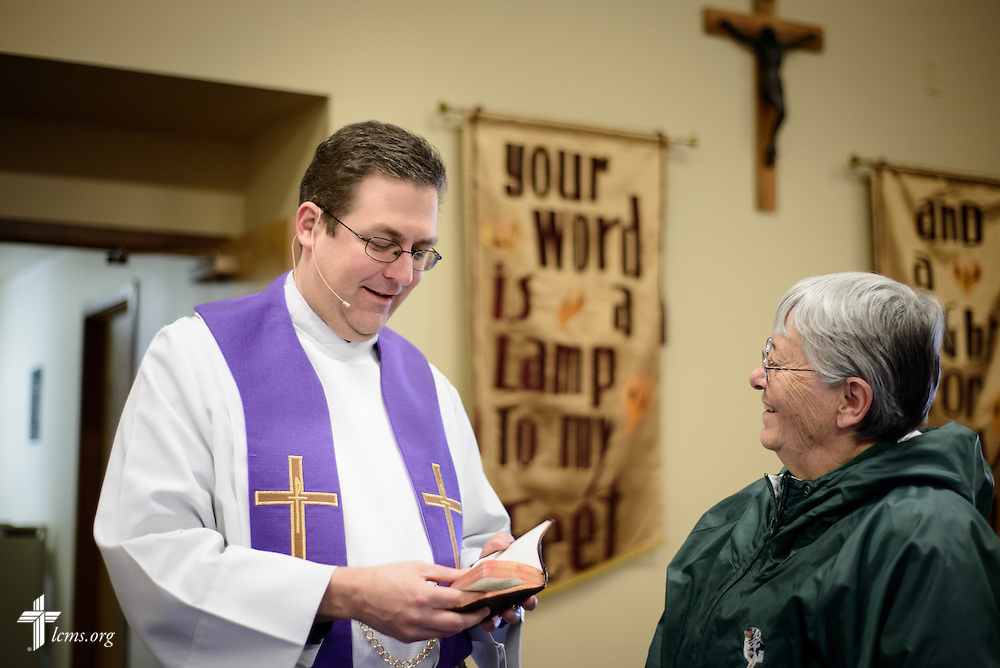 The Rev. Mark Nierman, pastor of Mount Olive Lutheran Church, chats with parishioner Joanne Hartmeister before Lenten worship on Wednesday, March 2, 2016, in Loveland, Colo. LCMS Communications/Erik M. Lunsford