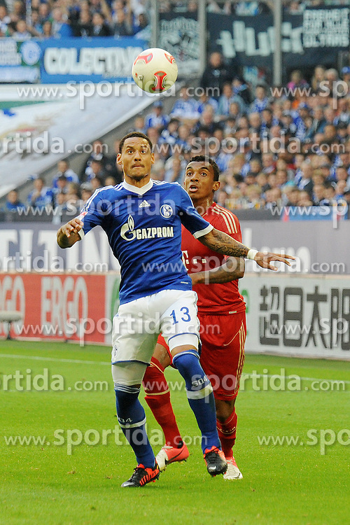 22.09.2012, Veltins Arena, Gelsenkirchen, GER, 1. FBL, Schalke 04 vs FC Bayern Muenchen, 4. Runde, im Bild Jermaine Jones ( links Schalke 04 ) im Zweikampf mit Luiz Gustavo ( rechts Bayern Muenchen/ Action/ Aktion ) // during the German Bundesliga 4th round match between Schalke 04 and FC Bayern Munich at the Veltins Arena, Gelsenkirchen, Germany on 2012/09/22. EXPA Pictures © 2012, PhotoCredit: EXPA/ Eibner/ Thomas Thienel..***** ATTENTION - OUT OF GER *****