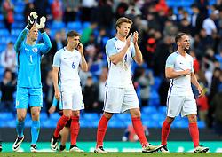 Eric Dier of England and team mates thank the crowd at full time - Mandatory byline: Matt McNulty/JMP - 07966386802 - 22/05/2016 - FOOTBALL - Etihad Stadium -Manchester,England - England v Turkey - International Friendly