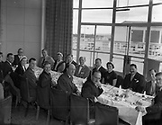 05/10/1954<br /> 10/05/1954<br /> 05 October 1954<br /> American businessmen in Ireland. Picture shows lunch at Dublin Airport.