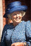 2-9-2014 HILVERSUM -  Prinses Beatrix der Nederlanden woont op dinsdag 2 september de reünie bij van het Genootschap Engelandvaarders op het Landgoed De Zwaluwenberg in Hilversum. Het genootschap werd opgericht in 1969 met onder meer als doel het bewaren van het onderlinge contact tussen Engelandvaarders. COPYRIGHT ROBIN UTRECHT