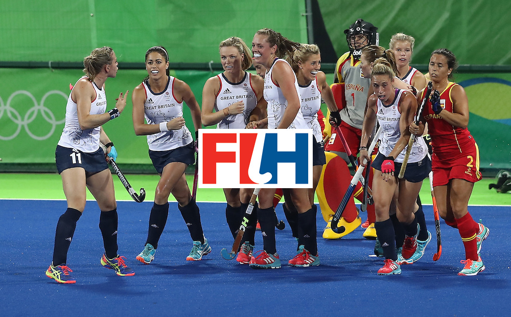 RIO DE JANEIRO, BRAZIL - AUGUST 15:  Great Britain celebrate after Georgie Twigg scores the first goal during the Women's quarter final hockey match between Great Britain and Spain on Day10 of the Rio 2016 Olympic Games held at the Olympic Hockey Centre on August 15, 2016 in Rio de Janeiro, Brazil.  (Photo by David Rogers/Getty Images)