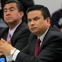 Toluca, México.- Martín Suárez Barrera, Director General de la Secretaria del Transporte durante una reunión con concesionarios del Transporte en el Valle de Toluca en donde hablaron sobre la inseguridad que se vive en el transporte público. Agencia MVT / Crisanta Espinosa