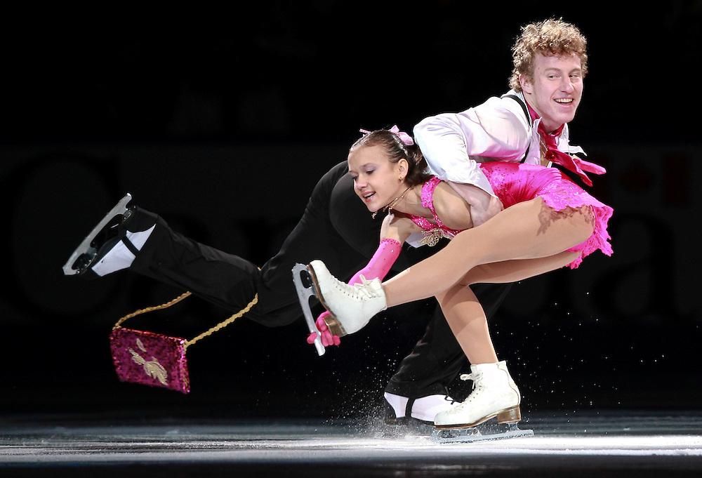 20101031 -- Kingston, Ontario -- Lubov Iliushechkina and Nodari Maisuradze of Russia skate in the exhibition gala at Skate Canada International in Kingston, Ontario, Canada, October 31, 2010. <br /> AFP PHOTO/Geoff Robins