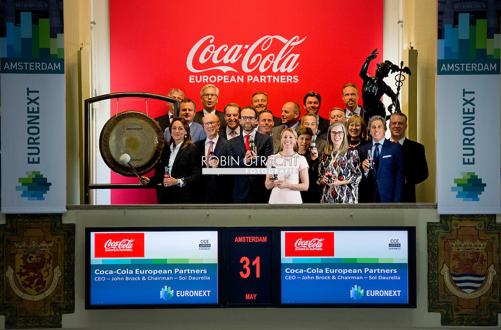 31-5-2016 AMSTERDAM Sol Daurella and John Brock, Chairman and CEO, started the official trading of Coca-Cola European Partners on Euronext Amsterdam  COPYRIGHT ROBIN UTRECHT