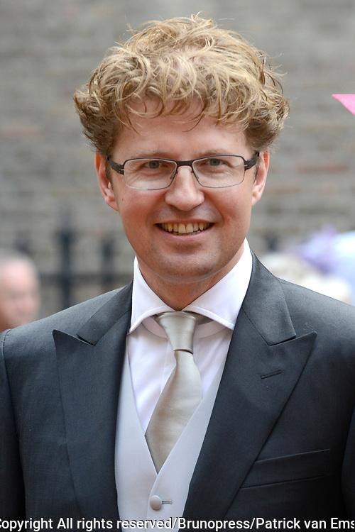 Prinsjesdag 2013 - Aankomst Parlementari&euml;rs bij de Ridderzaal op het Binnenhof.<br /> <br /> Op de foto: Sander Dekker - Staatssecretaris van Onderwijs, Cultuur en Wetenschap