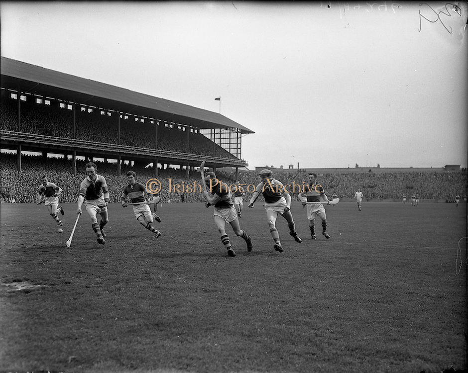 06/05/1956<br /> 05/06/1956<br /> 6 May 1956<br /> National Hurling League Final: Wexford v Tipperary.