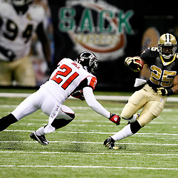 2007 October, 21: New Orleans Saints running back Reggie Bush (25) runs past Falcons defensive back Dante Hall (21) during a 22-16 win by the New Orleans Saints over the Atlanta Falcons at the Louisiana Superdome in New Orleans, LA.