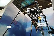 France, Paris, 13 Juin 2018. Eurosatory 2018, Salon international de Défense et Sécurité. Démonstration en réalité virtuelle de parachute.