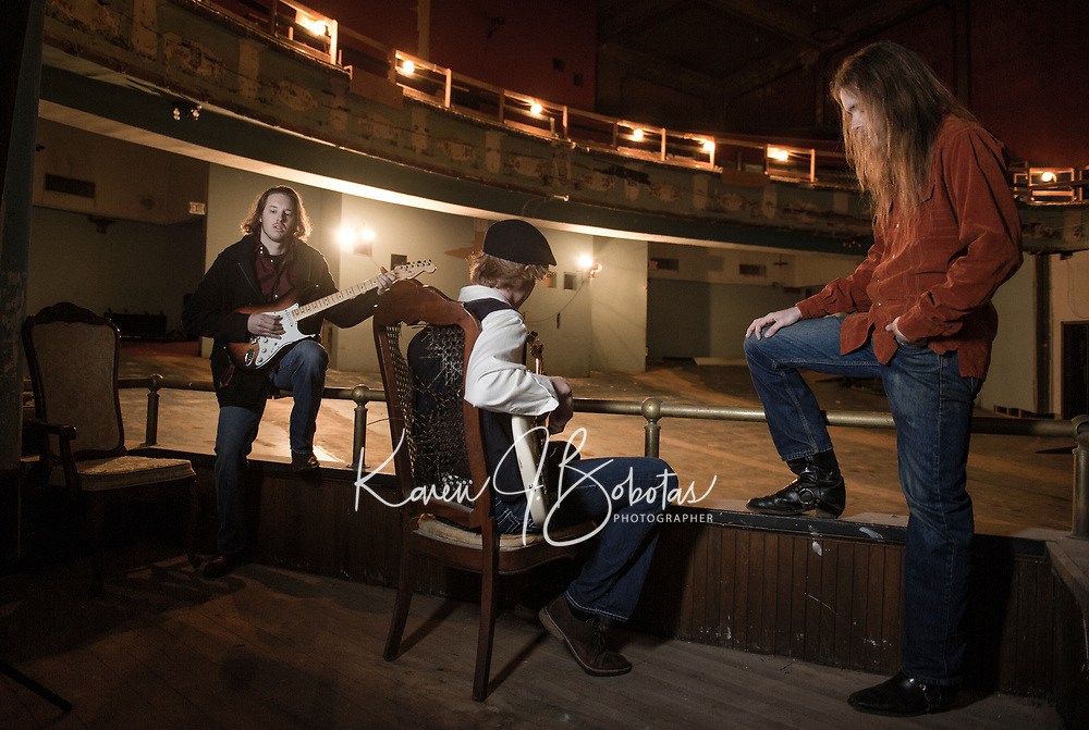 Michael Vincent Band at the Colonial Theater downtown Laconia.  ©2018 Karen Bobotas Photographer