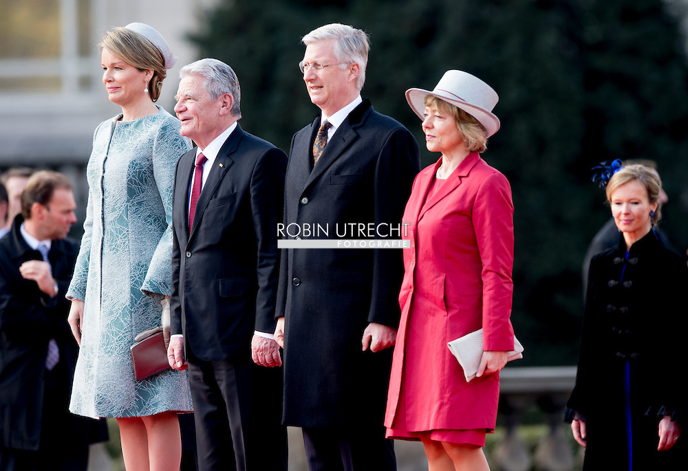 8-3- 2016 BRUSSELS - Joachim Gauck and his wife Daniela Schadt to Belgium king Filip and queen mathilde  during the welcome ceremony at the Place des Palais STATE VISIT OF THE PRESIDENT OF THE FEDERAL REPUBLIC OF GERMANY Joachim Gauck and his wife Daniela Schadt to Belgium king Filip and queen mathilde . copyright robin utrecht  8-3- 2016 BRUSSEL - Joachim Gauck en zijn vrouw Daniela Schadt naar België koning Filip en Mathilde koningin tijdens de welkomstceremonie op het Paleizenplein STAAT BEZOEK VAN DE PRESIDENT VAN DE BONDSREPUBLIEK DUITSLAND Joachim Gauck en zijn vrouw Daniela Schadt naar België Filip koning en koningin Mathilde. auteursrechten robin utrecht