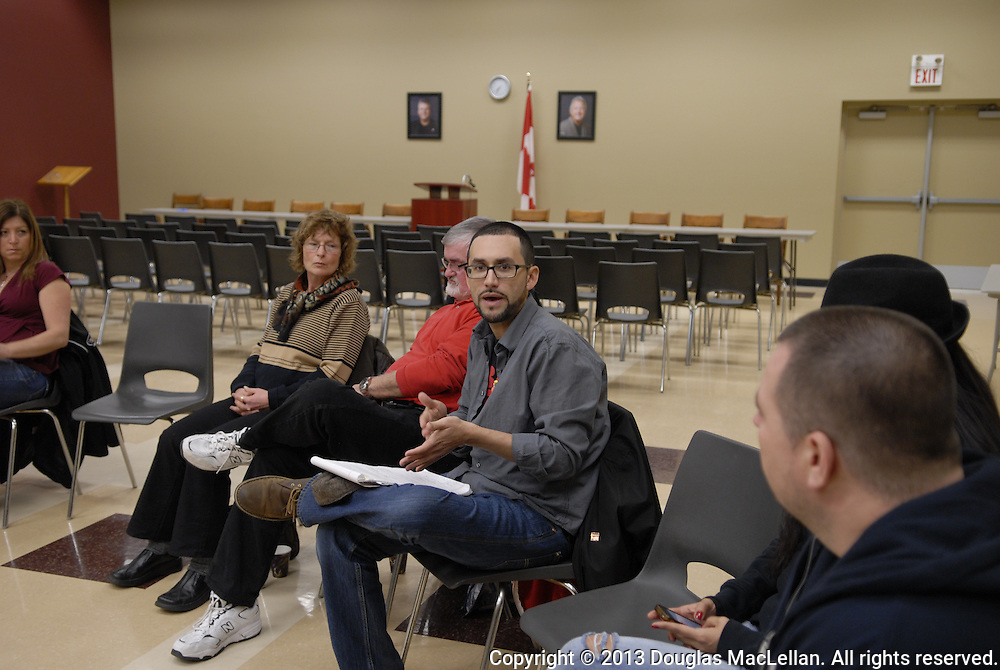 The Windsor Essex Assembly presented by Start Making Waves, Session 3 at Unifor Local 195. Session includes the wrap up and a social.