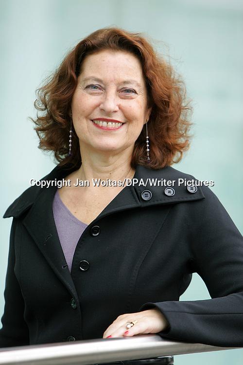 Dr. Ruth Herz