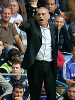 Chelsea v Fulham. Barclays Premier League. 29/09/2007. Manager of Chelsea Avram Grant shouting during the game