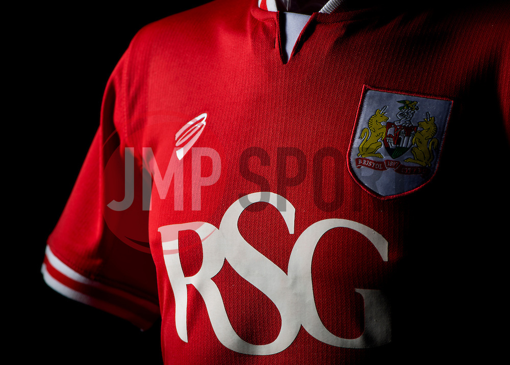 - Photo mandatory by-line: Joe Meredith/JMP - Mobile: 07966 386802 - 28/04/2015 - SPORT - Football - Bristol - SGS Wise Campus