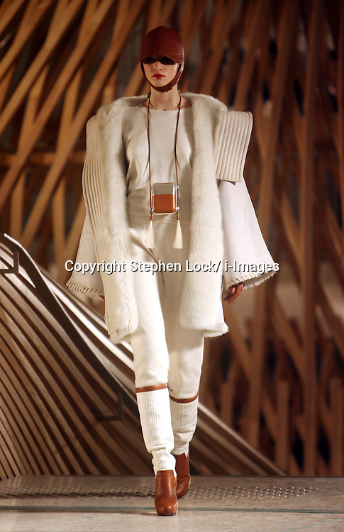 Hermes Ready to Wear Autumn/Winter 2011.  Photo by: Stephen Lock/i-Images
