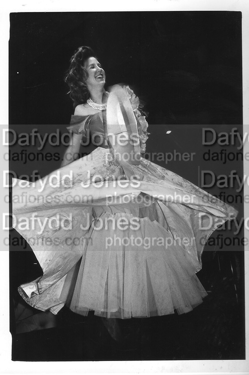 Sacha Chilton, at the Berkeley Dress Show at the Savoy 11/4/88 ONE TIME USE ONLY - DO NOT ARCHIVE  © Copyright Photograph by Dafydd Jones 66 Stockwell Park Rd. London SW9 0DA Tel 020 7733 0108 www.dafjones.com