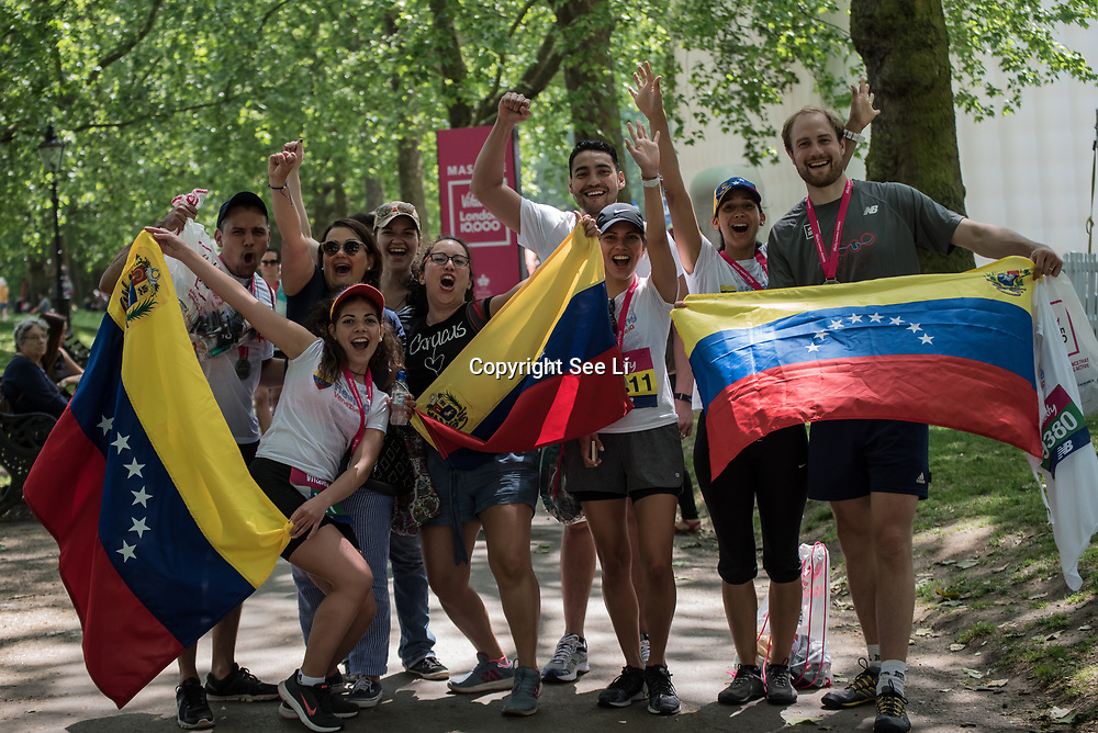 Venezuelan partiplate the Vitality London 10000 running for healing Venezuela charity on 28 May 2018, London, UK.
