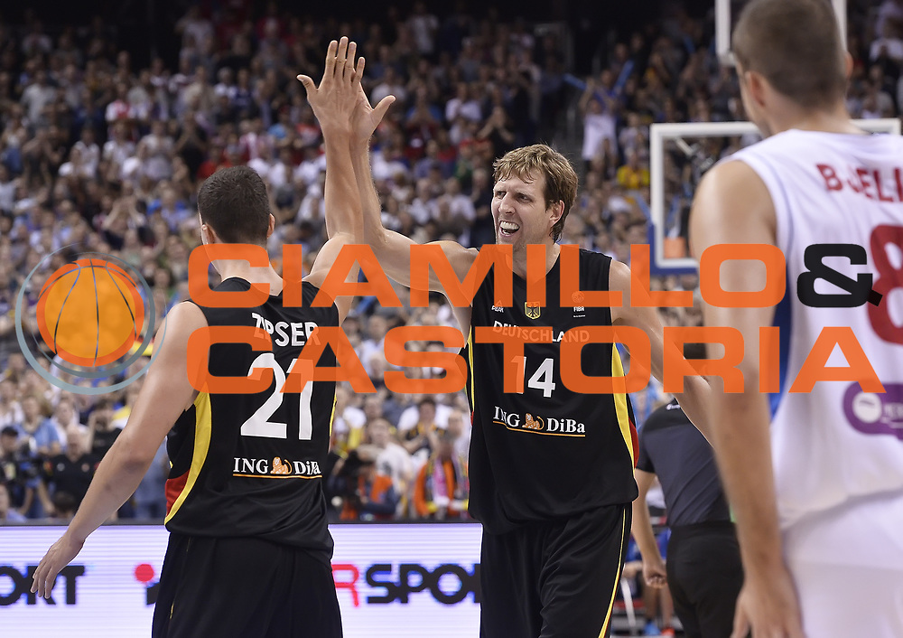 DESCRIZIONE : Berlino Berlin Eurobasket 2015 Group B Serbia Germany<br /> GIOCATORE : Dirk Nowitzki<br /> CATEGORIA : Esultanza Mani <br /> SQUADRA : Germany <br /> EVENTO : Eurobasket 2015 Group B<br /> GARA : Serbia Germany<br /> DATA : 05/09/2015<br /> SPORT : Pallacanestro<br /> AUTORE : Agenzia Ciamillo-Castoria/R.Morgano<br /> Galleria : Eurobasket 2015<br /> Fotonotizia : Berlino Berlin Eurobasket 2015 Group B Serbia Germany