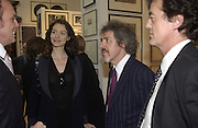 Saffron Burrows and Griff Rhys Jones. The Queen's celebration of the Arts. Royal Academy. 16 May 2002. © Copyright Photograph by Dafydd Jones 66 Stockwell Park Rd. London SW9 0DA Tel 020 7733 0108 www.dafjones.com
