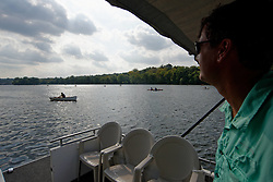 Boaters paddle the Schuylkill River during the Invisible River Festival on saturday. (Bastiaan Slabbers/for PhillyVoice)