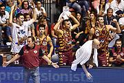 DESCRIZIONE : Supercoppa 2015 Semifinale Olimpia EA7 Emporio Armani Milano - Umana Reyer Venezia<br /> GIOCATORE : Stefano Tonut<br /> CATEGORIA : Ritratto Esultanza Panchina<br /> SQUADRA : Umana Reyer Venezia<br /> EVENTO : Supercoppa 2015<br /> GARA : Olimpia EA7 Emporio Armani Milano - Umana Reyer Venezia<br /> DATA : 26/09/2015<br /> SPORT : Pallacanestro <br /> AUTORE : Agenzia Ciamillo-Castoria/GiulioCiamillo
