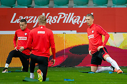 25.03.2016, Stadium Municipal, Wroclaw, POL, Training Fußballnationalmannschaft Polen, im Bild Piotr Zielinski Bartosz Salamon // during a practice session of Polish national football team before tomorrow friendly match between Poland and Finland at the Stadium Municipal in Wroclaw, Poland on 2016/03/25. EXPA Pictures © 2016, PhotoCredit: EXPA/ Newspix/ Sebastian Borowski<br /> <br /> *****ATTENTION - for AUT, SLO, CRO, SRB, BIH, MAZ, TUR, SUI, SWE only*****