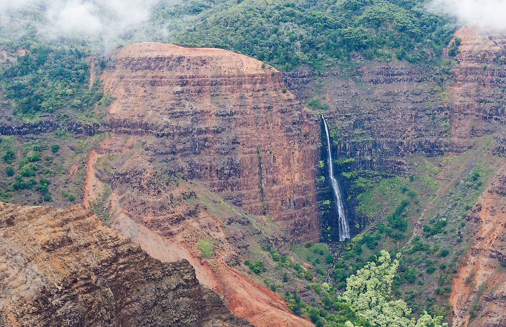 Waipo'o Waterfall in the Upper Waimea Canyon, Kauai, Hawaii, USA.