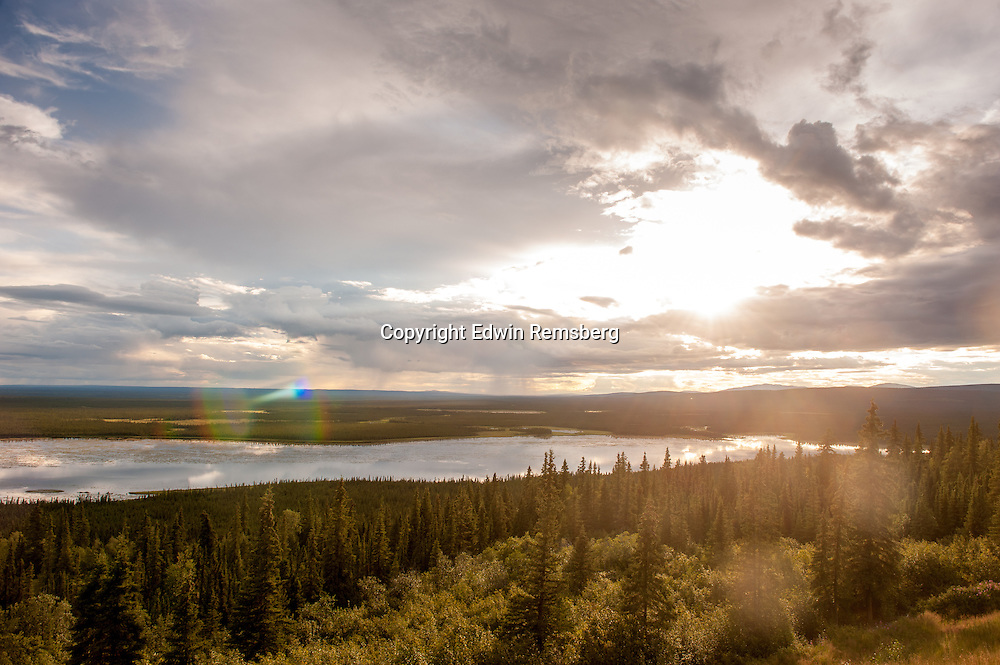Sunset over Alaskan landscape from Richardson Highway