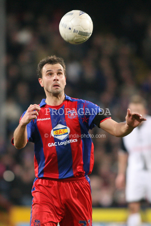 London, England - Saturday, January 27, 2007: Crystal Palace's Carl Fletcher against Preston North End during the FA Cup 5th Round match at Selhurst Park. (Pic by Chris Ratcliffe/Propaganda)