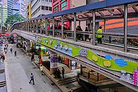 Chine, Hong Kong, Hong Kong Island, quartier branché de Soho, Hollywood road, passerelle // China, Hong Kong, Hong Kong Island, Soho in Hollywood road, walking bridge