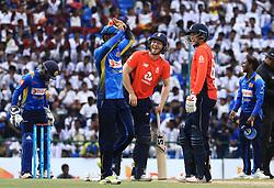 October 20, 2018 - Kandy, Sri Lanka - England cricketers Joe Root and Eoin Morgan share a light moment during the 4th One Day International cricket match between Sri Lanka and England at the Pallekele International Cricket Stadium  Sri Lanka. Saturday 20 October 2018  (Credit Image: © Tharaka Basnayaka/NurPhoto via ZUMA Press)