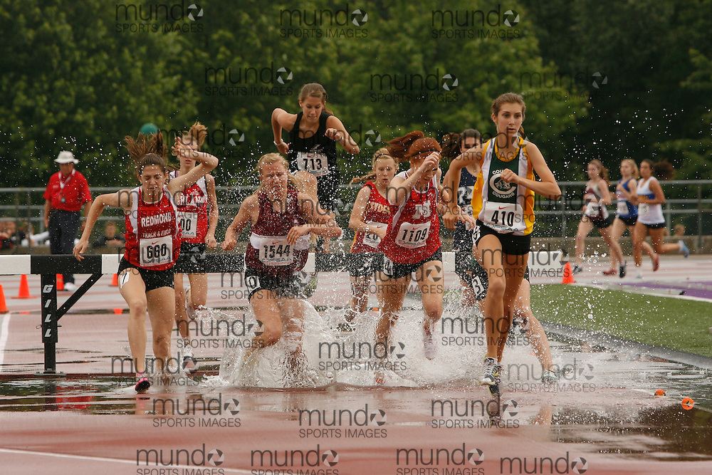 (London, Ontario}---03 June 2010) Katey Codyre of Courtice - Courtice competing in the steeplechase at the 2010 OFSAA Ontario High School Track and Field Championships. Photograph copyright Dave Chidley / Mundo Sport Images, 2010.