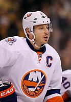 Ishockey<br /> NHL USA<br /> 07.11.2011<br /> Foto: Gepa/Digitalsport<br /> NORWAY ONLY<br /> <br /> NHL, National Hockey League, Boston Bruins vs New York Islanders. Bild zeigt Mark Streit (Islanders).
