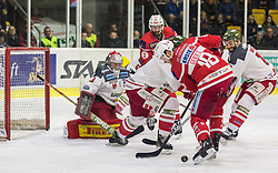 13.3.2018, Stadthalle, Klagenfurt, AUT, EBEL, EC KAC vs HCB Südtirol, 3. Viertelfinalspiel Playoff, im Bild Pekka Toukkola (HCB-Südtirol Alperia, #3), Thomas Koch (EC KAC, #18), David Fischer (EC KAC, #3), Daniel Glira (HCB-Südtirol Alperia, #21) // during the Erste Bank Eishockey League 3rd Quaterfinal match between EC KAC vs HCB Südtirol at the City Hall in Klagenfurt, Austria on 2018/03/13. EXPA Pictures © 2018, PhotoCredit: EXPA/ Gert Steinthaler