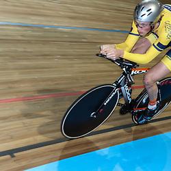 27-12-2014: Wielrennen: NK Baanwielrennen: Apeldoorn Dion Beukeboom was met 4.26;374 de snelste in de kwalificatie