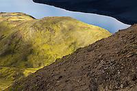 In the hills of Fögrufjöll mountains at northeast end of lake Langisjór, Interior of Iceland. Í hlíðum Fögrufjalla við norðausturenda Langasjós.