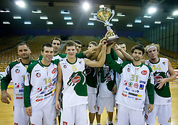 Team of Olimpija with a cup at Superpokal basketball match between KK Union Olimpija and Elektra Esotech, on September 27, 2009, in Arena Tivoli, Ljubljana, Slovenia. Olimpija won 95:62.  (Photo by Vid Ponikvar / Sportida)