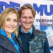 NLD/Amsterdam/20170318 - première De Smurfen en het Verloren Dorp,  Gallyon van Vessem met partner Greg de Jong